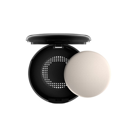 MAC Studio Fix Powder Plus Foundation NC30