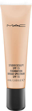 MAC Studio Sculpt SPF15 Foundation NC 40
