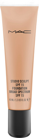 MAC Studio Sculpt SPF15 Foundation NC 45