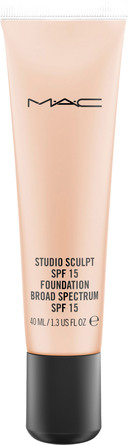 MAC Studio Sculpt SPF 15 Foundation NW 15