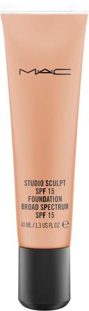 MAC Studio Sculpt SPF 15 Foundation NW 40