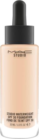 MAC Studio Waterweight SPF 30 / PA ++ Foundation NC15