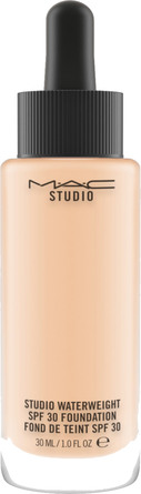 MAC Studio Waterweight SPF30 Foundation NC20