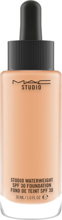 MAC Studio Waterweight SPF 30 / PA ++ Foundation NC37