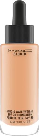 MAC Studio Waterweight SPF 30 / PA ++ Foundation NC40