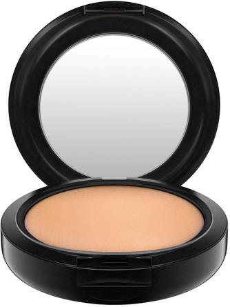 MAC Studio Fix Powder Plus Foundation NW30