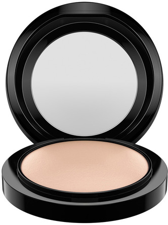 MAC Mineralize Skinfinish Nat. Medium 10g Medium