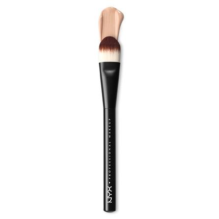 NYX PROFESSIONAL MAKEUP Pro Brush Flat Foundation Brush