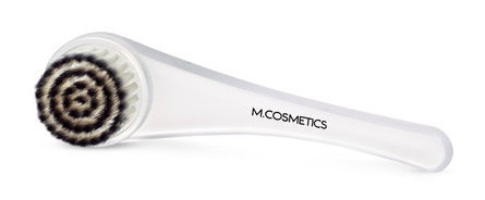 M.COSMETICS Professional Face Brush med Hætte