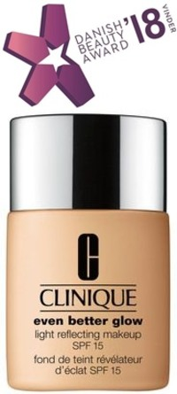 Clinique Even Better Glow Light Reflecting Makeup SPF 15 WN 48 Oat