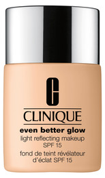 Clinique Even Better Glow Light Reflecting Makeup SPF 15 CN 10 Alabaster