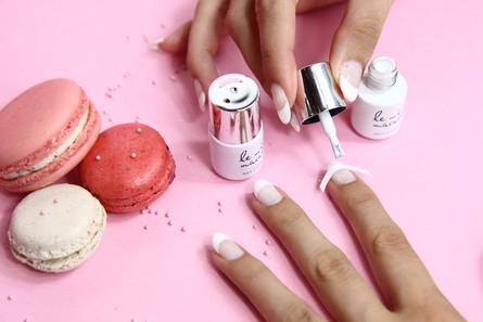 Le mini macaron Le Frenchie Kit French Manicure Le Frenchie