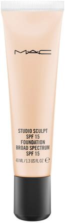MAC Studio Sculpt SPF 15 Foundation NC 15