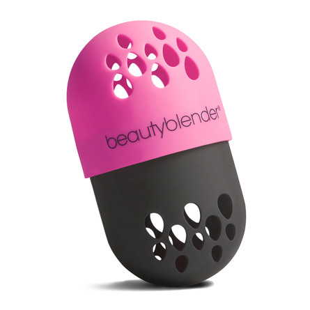 The Beautyblender Blender Defender
