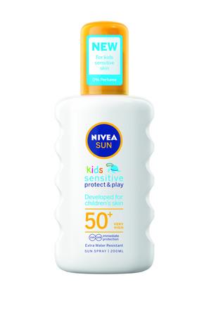 Nivea Sun Kids Sensitive Protect & Play Spray SPF 50 200 ml