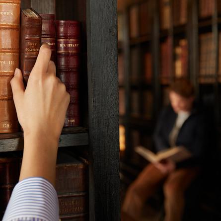 Maison Margiela Replica Whispers in The Library Eau de Toilette 100 ml
