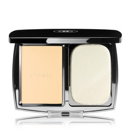 CHANEL LIGHTWEIGHT COMPACT MAKEUP RADIANCE SOFTNESS AND COMFORT SPF 10 10 BEIGE