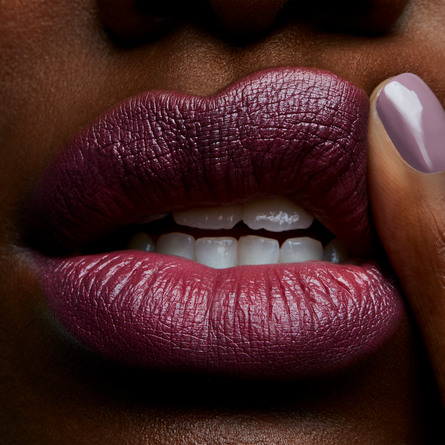 MAC Lipstick Captive