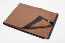 Fussenegger Velvet Blanket 135 x 200 cm Brun/Sort