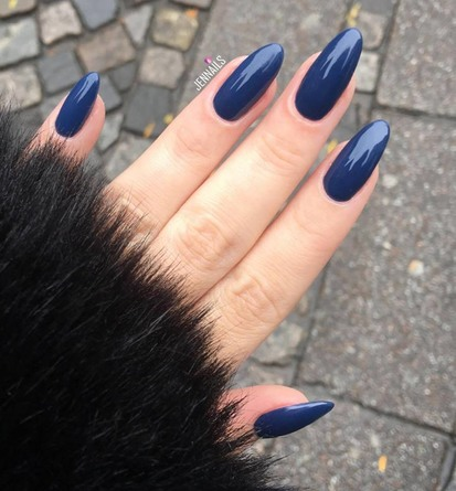 CND Vinylux long Wear Polish 257 Winter Nights
