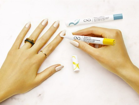 CND On The Go SolarOil Nail & Cuticle PEN