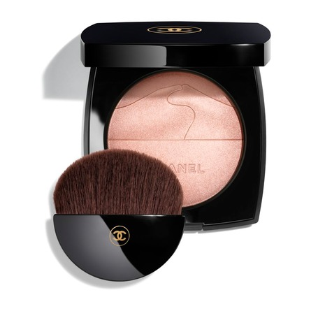 CHANEL LIMITED EDITION. ILLUMINATING POWDER