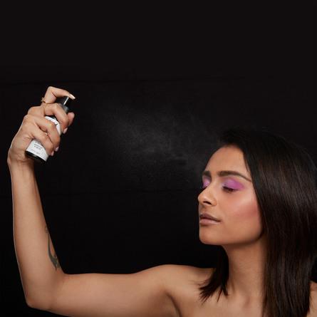 NYX PROFESSIONAL MAKEUP Setting Spray Dewy Finish