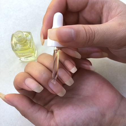 Depend O2 Grape & Avocado Nail oil