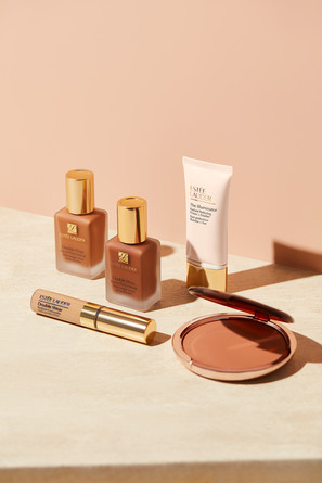 Estée Lauder Double Wear Stay-in-Place Makeup 1N2 Ecru