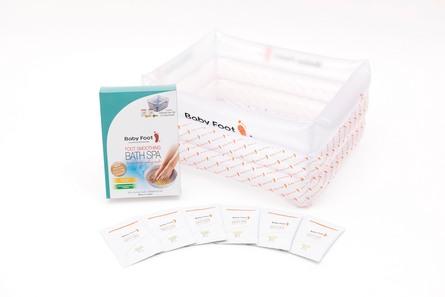 Baby Foot Fodbadesæt - oppusteligt badekar og fodbadesalt 6 x10 g