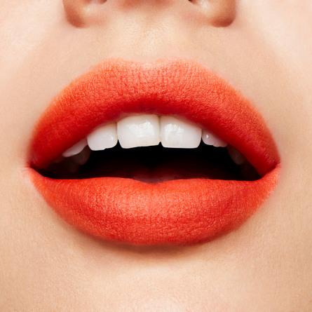 MAC Powder Kiss Liquid Lipcolour Resort Season