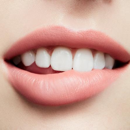 MAC Love Me Lipstick Très Blasé