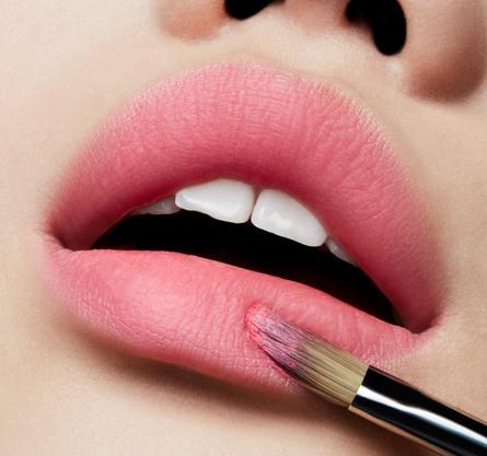 MAC Love Me Lipstick Vanity Bonfire