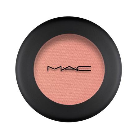 MAC Powder Kiss Eye Shadow Strike A Pose