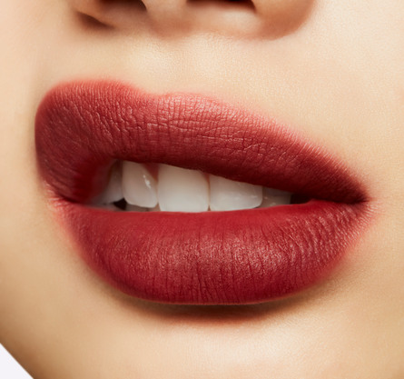 MAC Powder Kiss Liquid Lipcolour PRETTY PLEATS!
