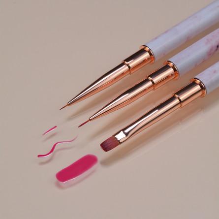 """Le mini macaron Detailed Liner Brush """"Le Petit"""""""