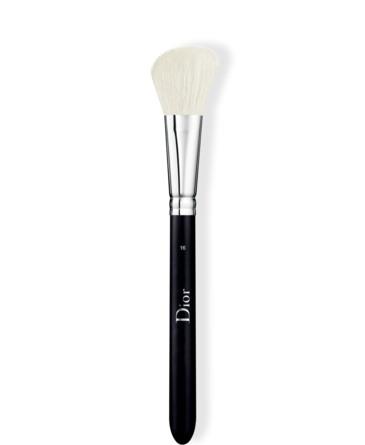 DIOR BACKSTAGE Backstage Blush brush N°16
