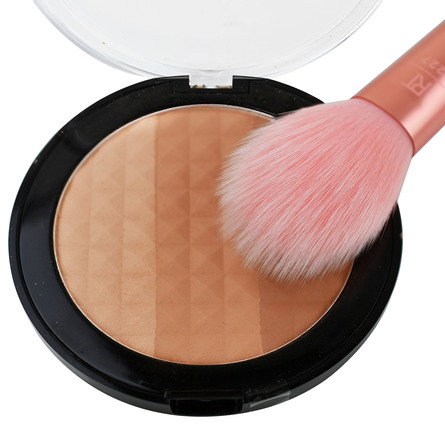 Real Techniques Powder Brush Light Layer