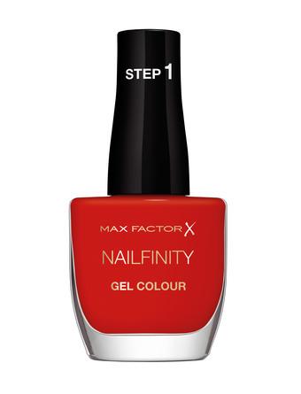 Max Factor Nailfinity Neglelak 420 Spotlight on her