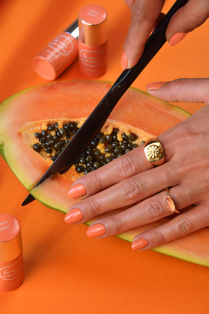 Le mini macaron Gel Polish Papaya Sorbet