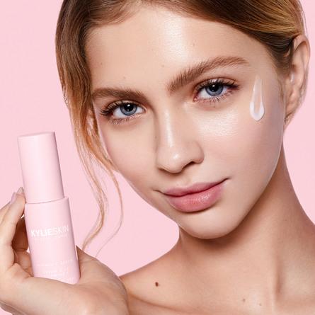 Kylie by Kylie Jenner Hydrate Vitamin C Serum 20 ml